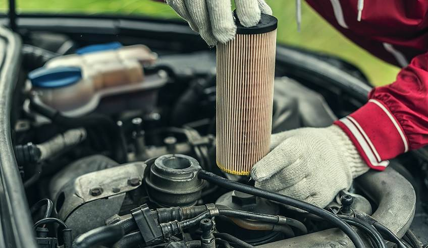 Replacing a cars oil filter